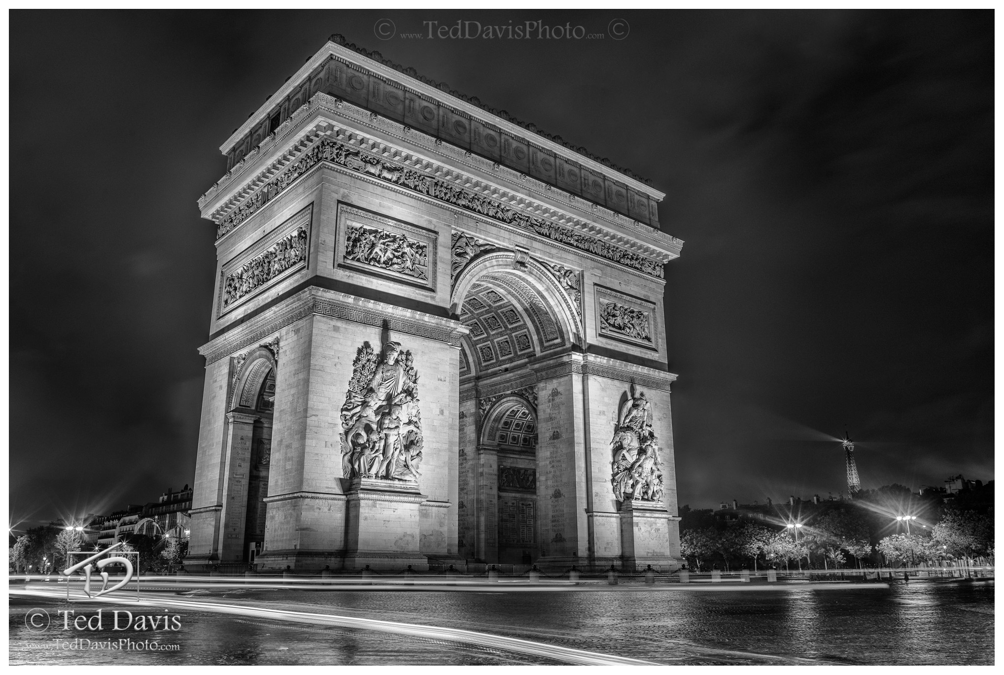 Arc, Triomphe, Paris, France, errie, sunset, rain, Champs, Elysees, monument, Revolution, Napoleonic, Napoleon, Trimphal, timeless, black and white, long exposure