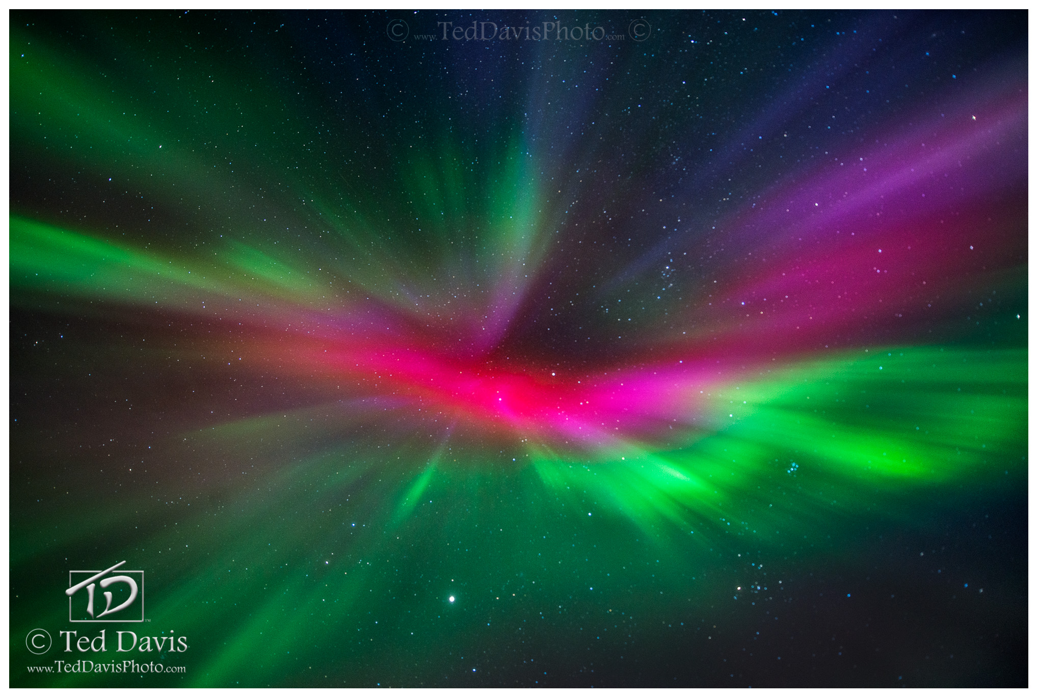 aurora, northern lights, iceland, horizon, stars, lights, pink, green, beautiful, eye, photo