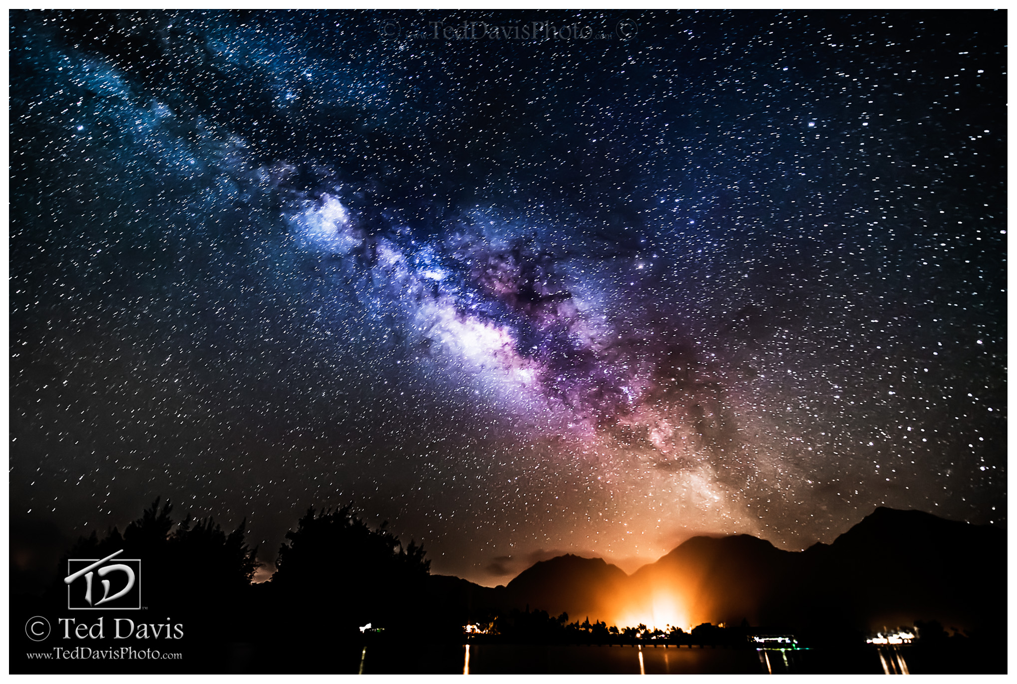 Hanalei, Kaua'i, Halo, Milky Way, Waves, Ocean, Pier, Night, Stars, Galaxy, nightsky, island, heavens, cosmos, photo