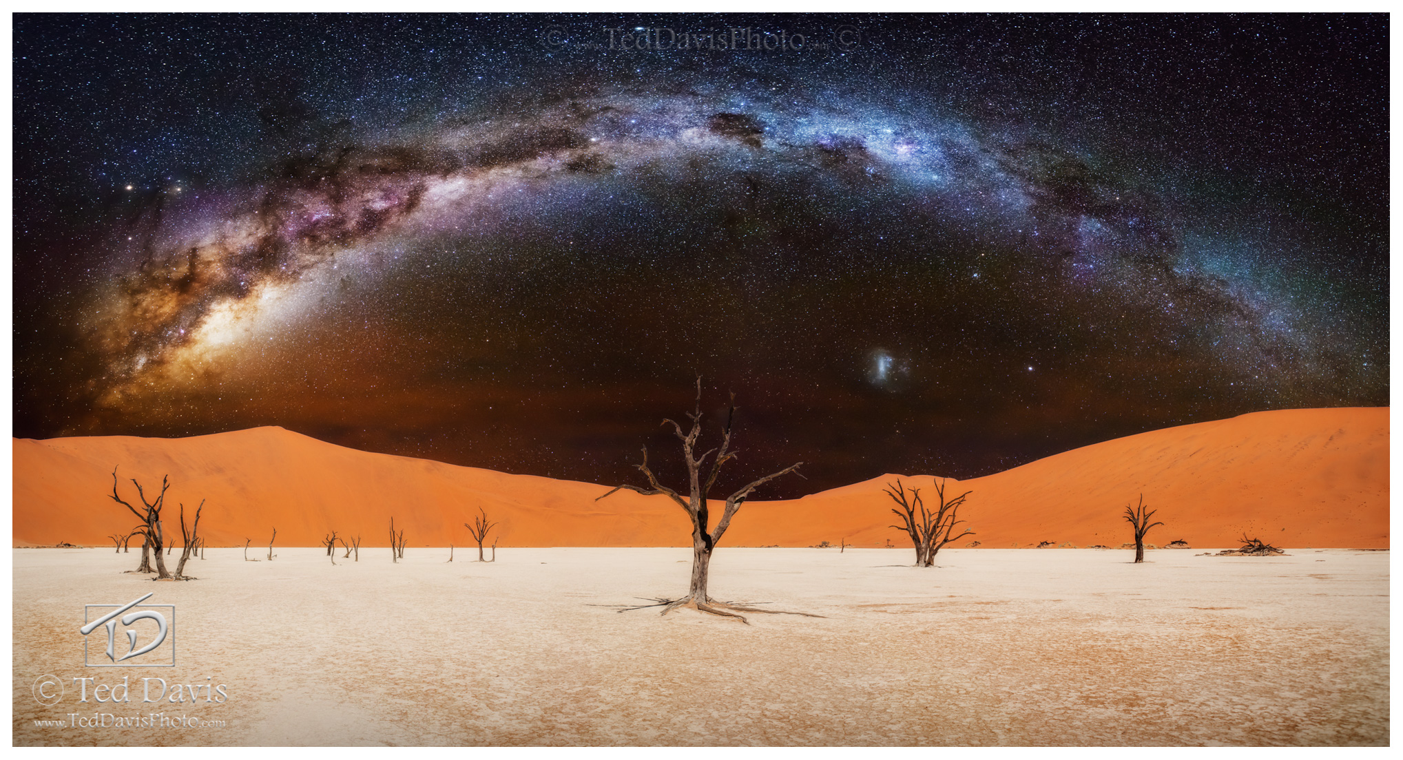 Deadvlei, Milky, Way, Acacia, Salt, sand, dunes, terrified, chetah, coyotes, long exposures, panoramics, stars, starlight, radiant, radiance, sky, photo