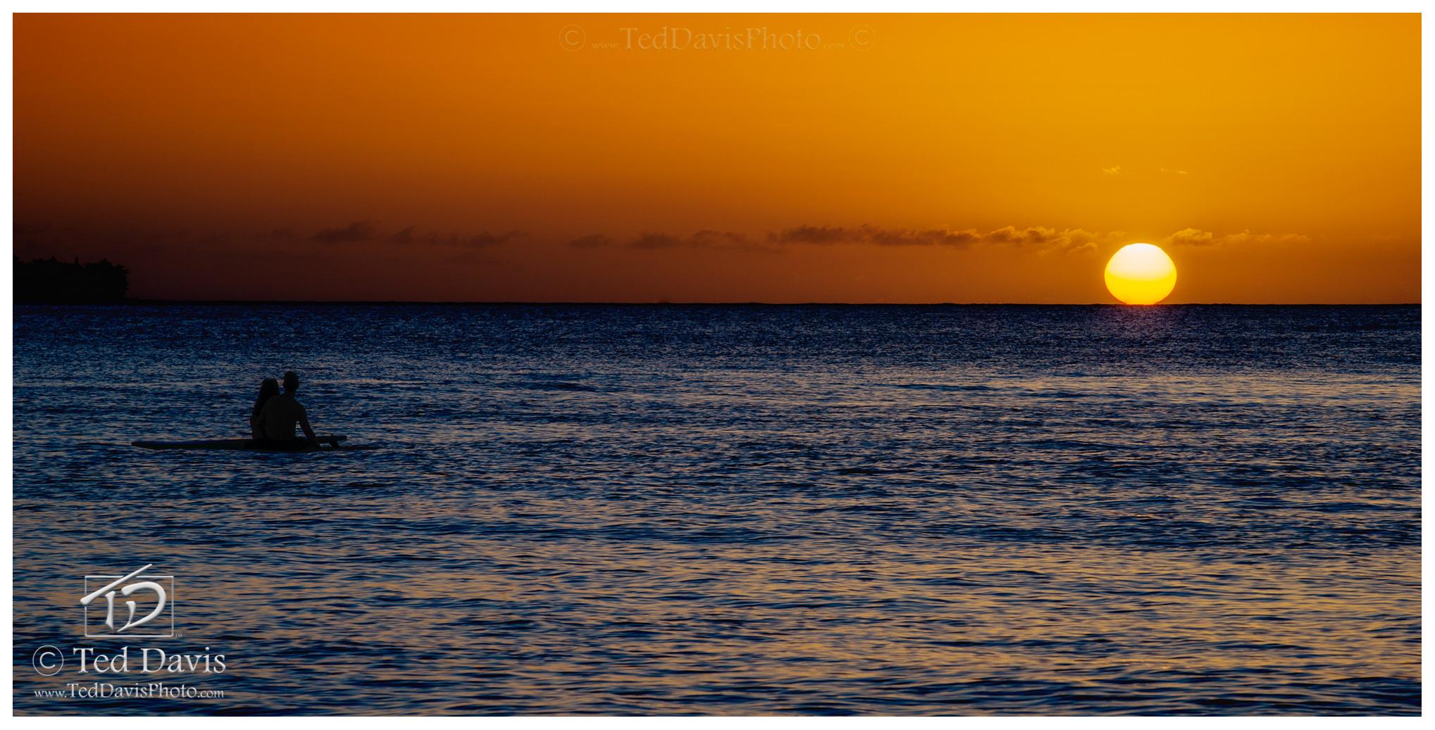 surfers, princeville, kaua, sun, setting, friday, lovers, strangers, awe, horizon, drifting, board, photo