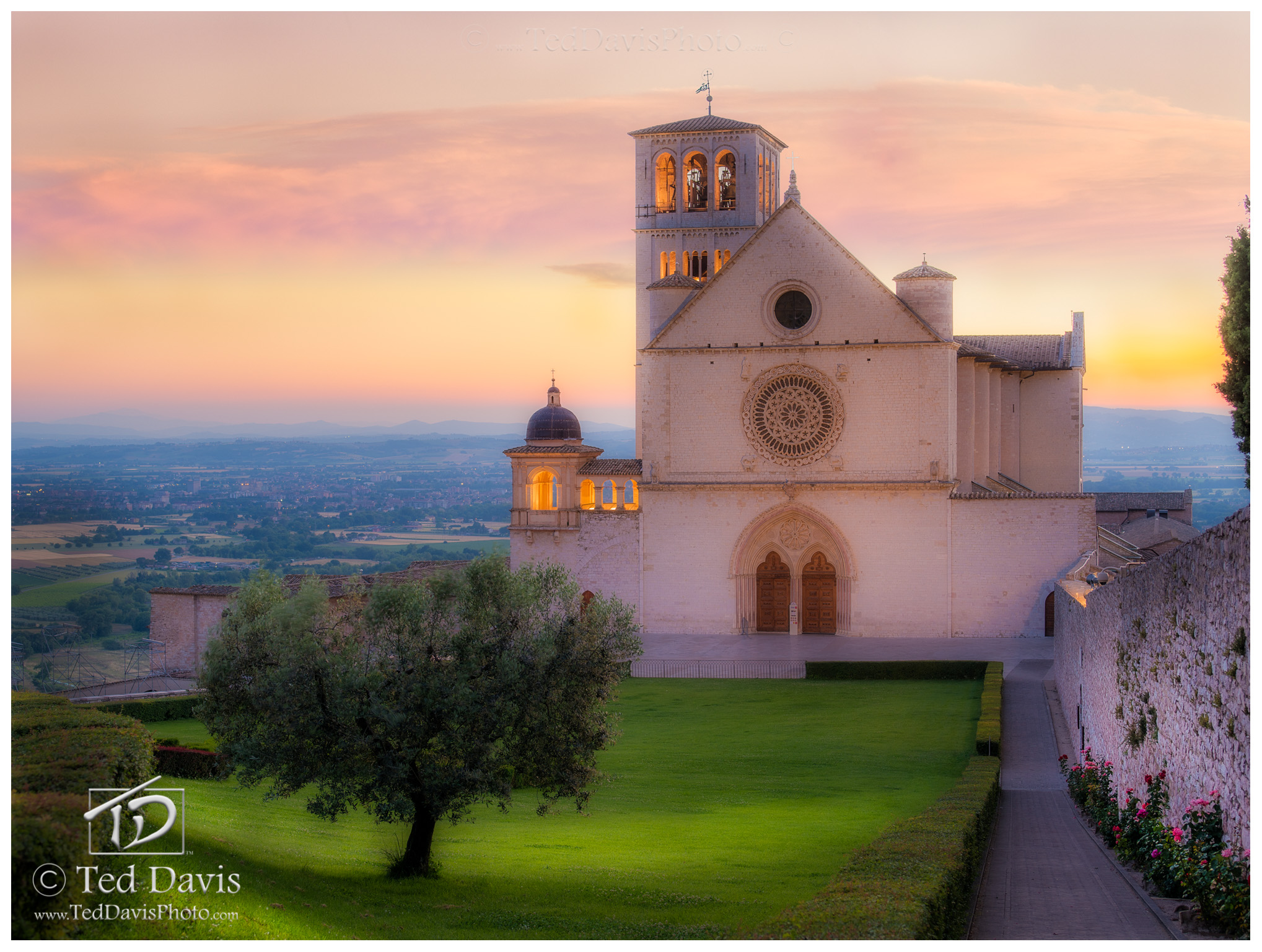 Limited Edition of 100 The fantastic walled city of Assisi is famed as the birthplace of St. Francis. I spent two days experiencing...